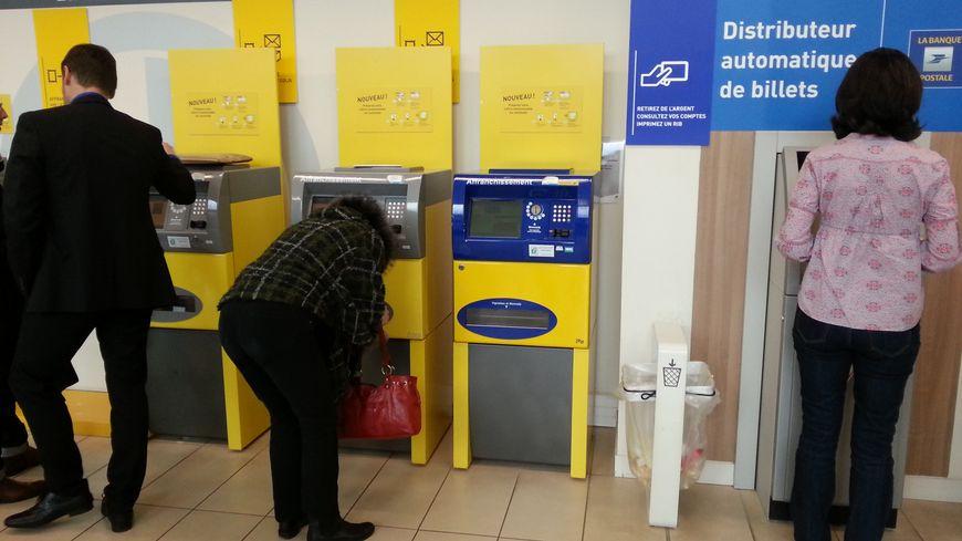 A Nantes La Poste Va Fermer Entre 9 Et 14 De Ses Bureaux