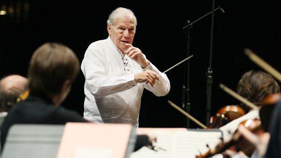 Georges Prêtre le 23 octobre 2007 dirige à l'Opéra Bastille