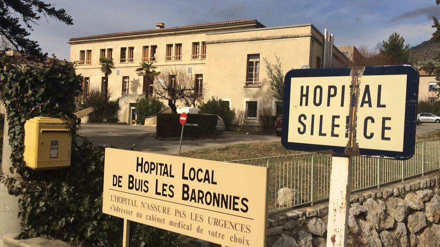 Les habitants de Buis-les-Baronnies se battent pour la rénovation de l'hôpital local.