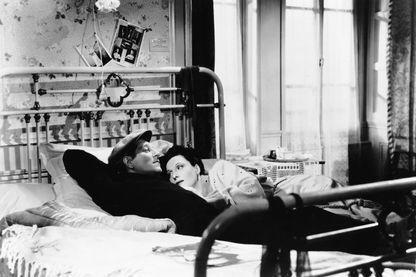 Jean Gabin et Arletty dans Le jour se lève de Marcel Carné