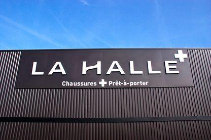 Les salariés de La Halle aux Chaussures menacé par une réorganisation du groupe Vivarte