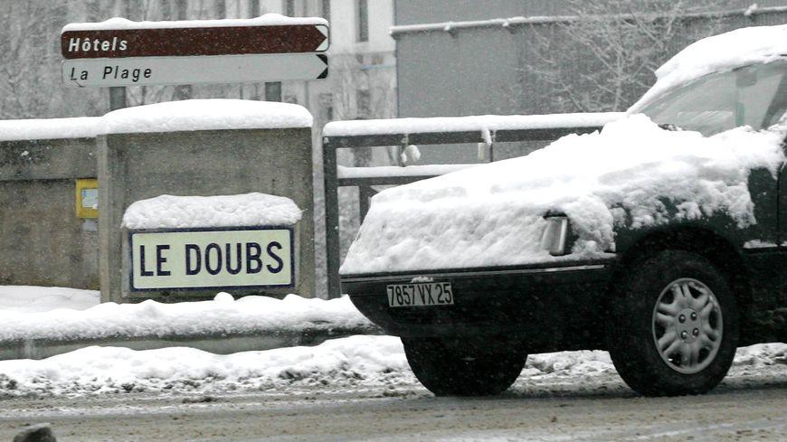 Neige à Pont-de-Roide.