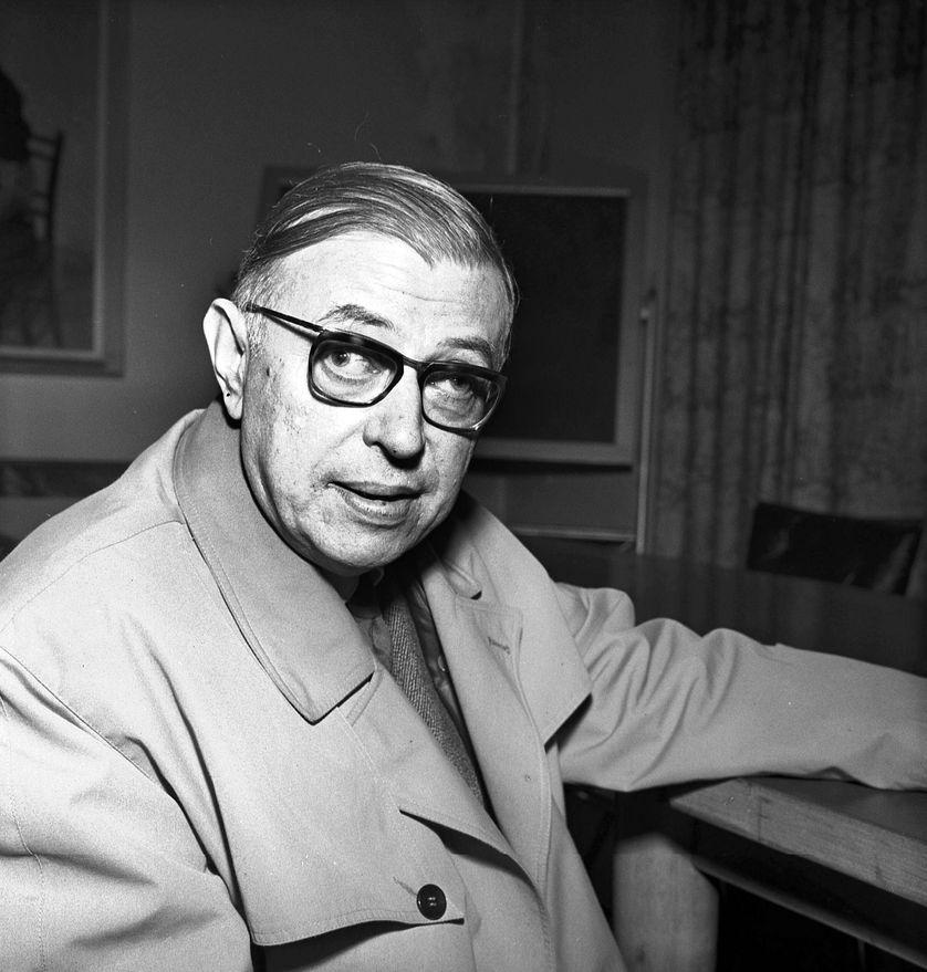 Jean Paul SARTRE à Milan, avril 1961.