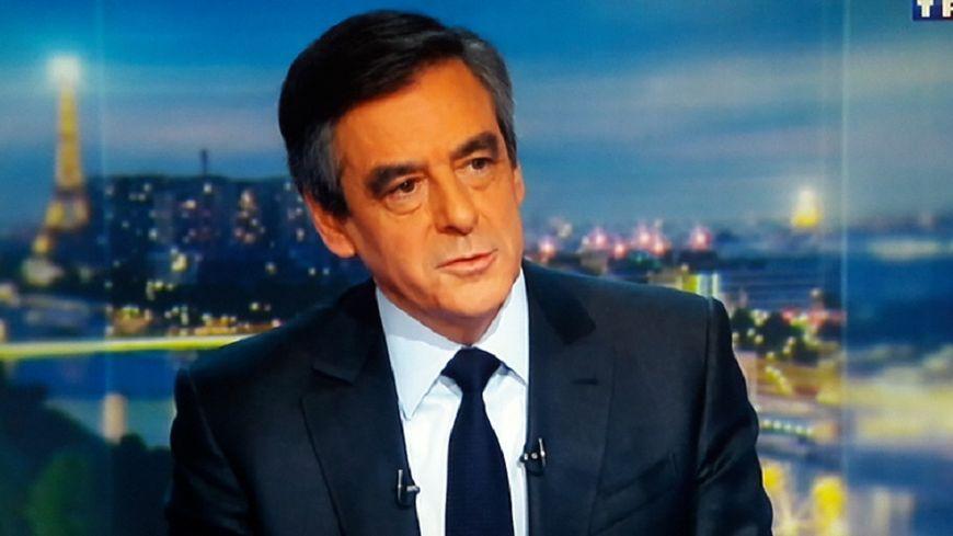 François Fillon, sur le plateau du journal de 20h de TF1, jeudi 26 janvier.