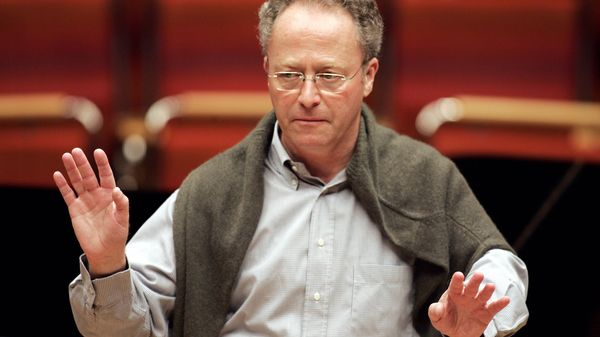 Emmanuel Krivine dirige Denis Matsuev et l'ONF en direct dans Rachmaninov et Dvorak