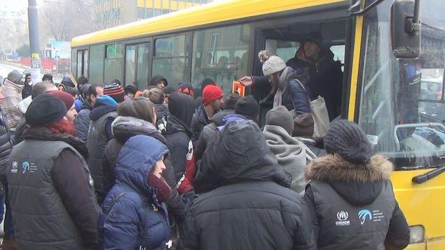 Tous les jours, une soixantaine de migrants rejoignent les camps mis en place par le gouvernement serbe