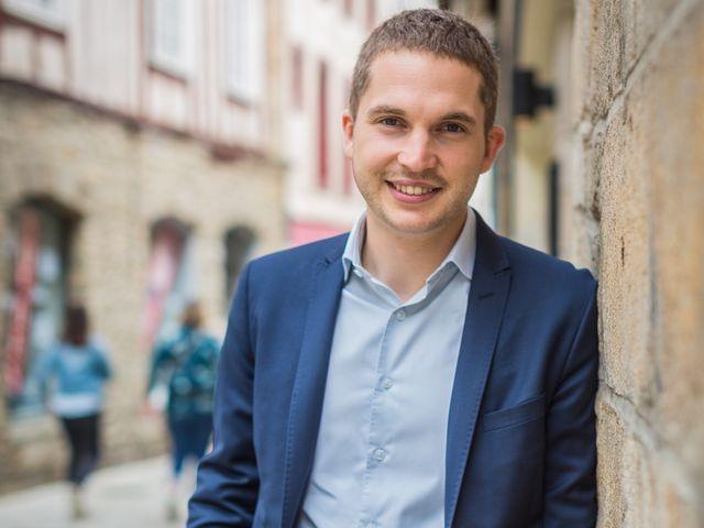 Simon Uzenat, élu socialiste d'opposition à Vannes.