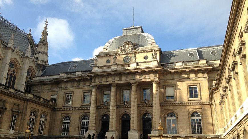 Le palais de justice de Paris, où sont jugés les quatre jihadistes d'Albertville depuis mardi