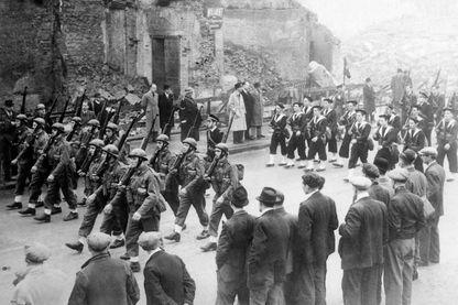 Défilé des premiers commandos de combattants de La France libre à Londres en 1942
