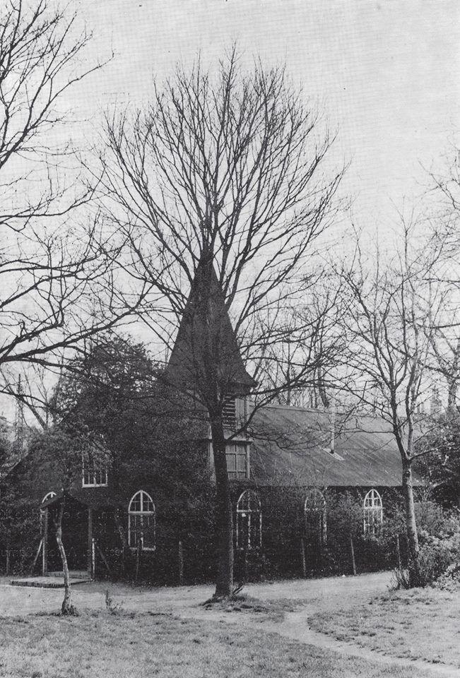 L'église polonaire Ste Elisabeth de Hongrie s'apparentait plutôt à une chapelle en bois