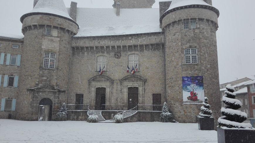 Le château d'Aubenas ce jeudi matin