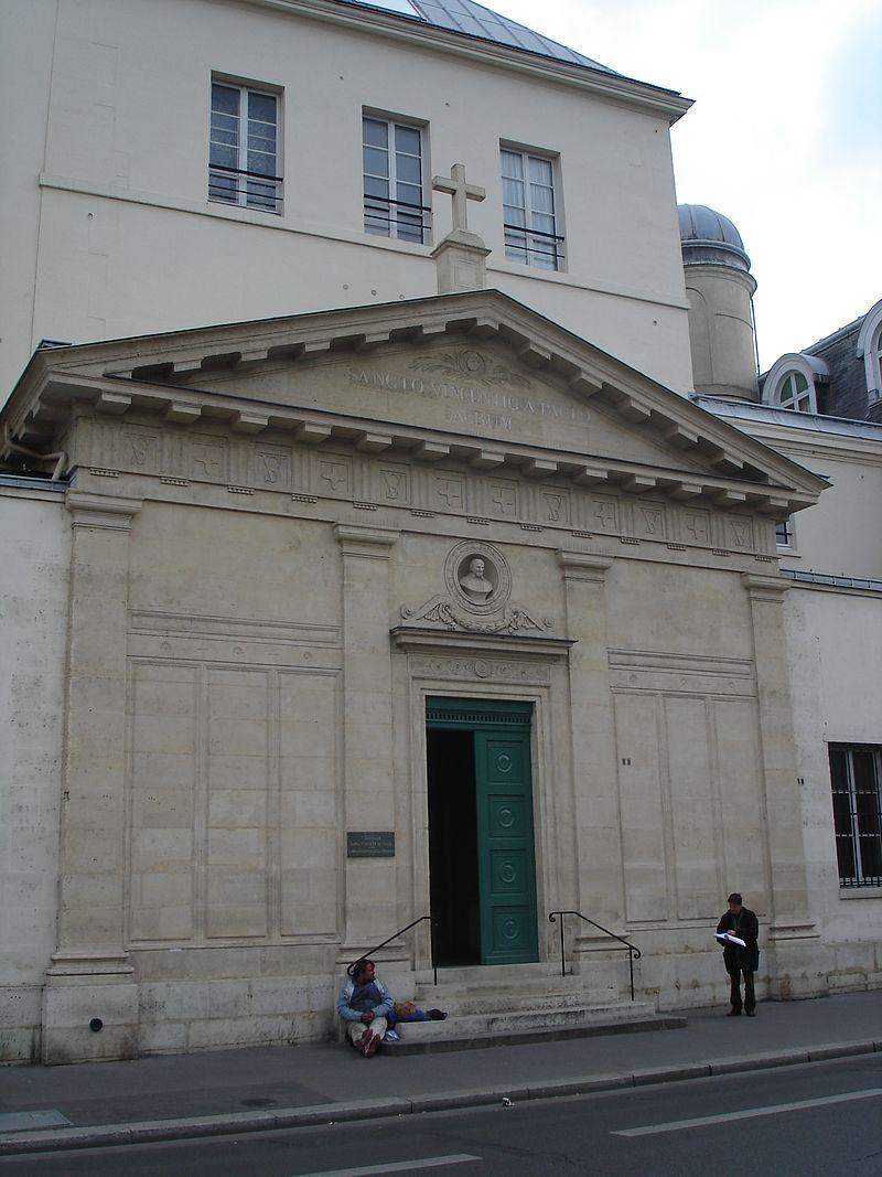La chapelle vue de la rue de Sèvres