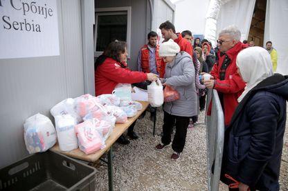 Des milliers de migrants passent par les Balkans pour atteindre l'Europe.