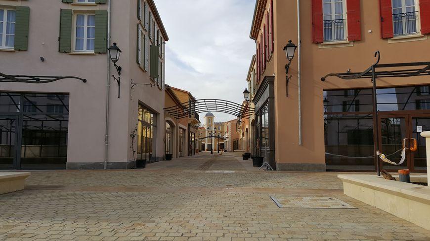 VIDÉO Découvrez le village des marques de Miramas