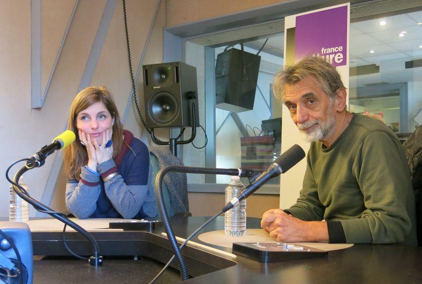 France Culture, studio 152... Le dessinateur Baudoin & Émilie Le Roux metteure-en-scène (de g. à d.)