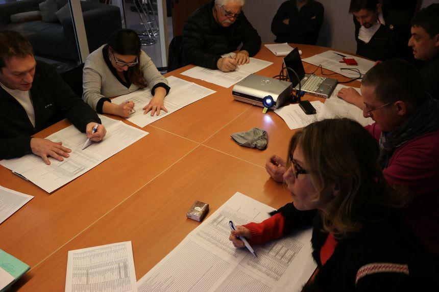 Une partie des membres du jury lors de la sélection des finalistes le 16 janvier.