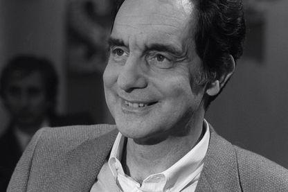Italo Calvino à Paris en 1970.