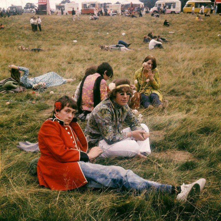 Jeunes hippies en 1970, Angleterre