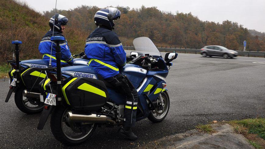 Gendarmes à moto (photo d'illustration)