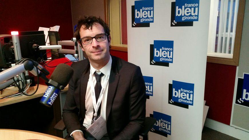 Marc Lafosse dans le studio de France Bleu Gironde