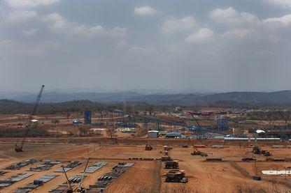 La plus grande mine de charbon du Mozambique est située à la périphérie de Tete dans le bassin du charbon de Moatize.