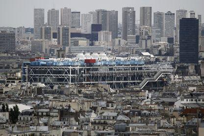 Photo du centre Pompidou, musée d'art moderne de Paris, pris le 4 août 2010 à Paris.