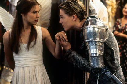 """Claire Danes et Leonardo DiCaprio dans """"Romeo + Juliet de Baz Luhrmann"""