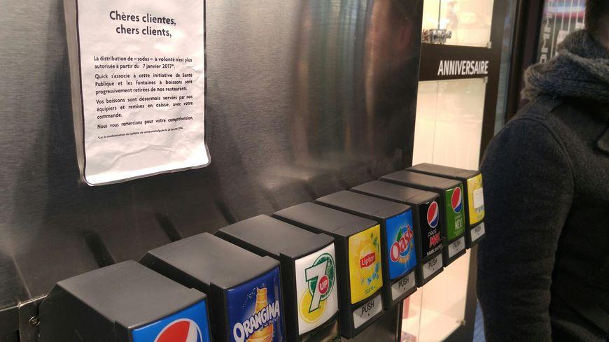 Dans le Doubs comme ailleurs les fast foods ont débranché les machines à sodas à volonté depuis la semaine dernière.