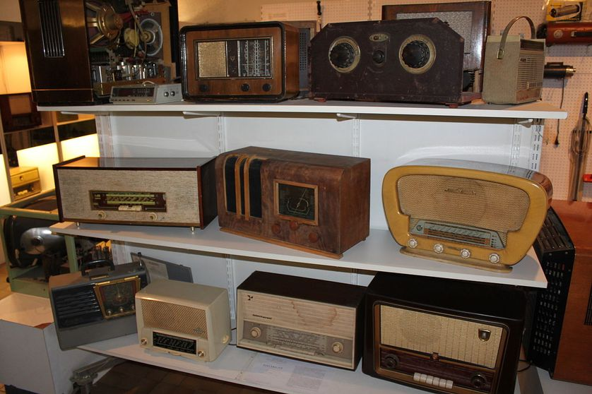 Anciens récepteurs radio