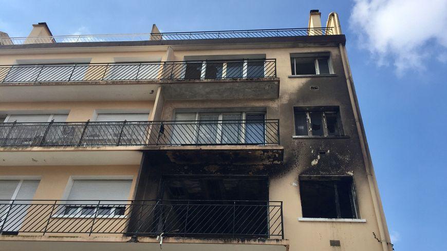 L'immeuble de la rue Deveria à Pau qui a brûlé