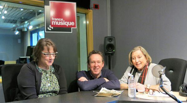 France Musique, studio 132... Avec Géraldine Prutner, réalisatrice sur France Musique, le producteur Benoît Duteurtre et notre charmante invitée Sylvie Février (de g. à d.)