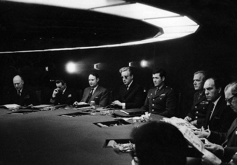 Réunion de crise dans Docteur Folamour par Stanley Kubrick