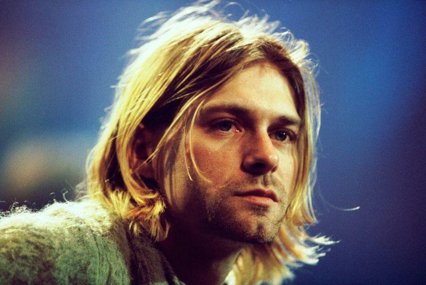 Kurt Cobain leader du groupe Nirvana à une séance d'enregistrement à New York, un an avant son suicide.