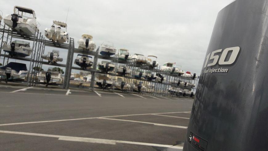 Arcachon dispose d'un port à sec de 110 places.
