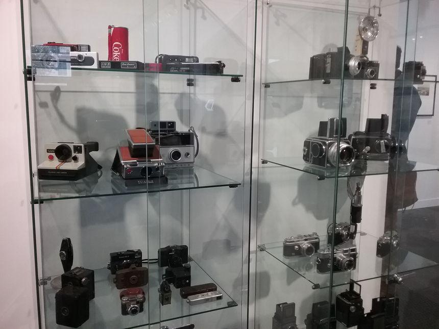 Le musée expose aussi des appareils photo de différentes époques
