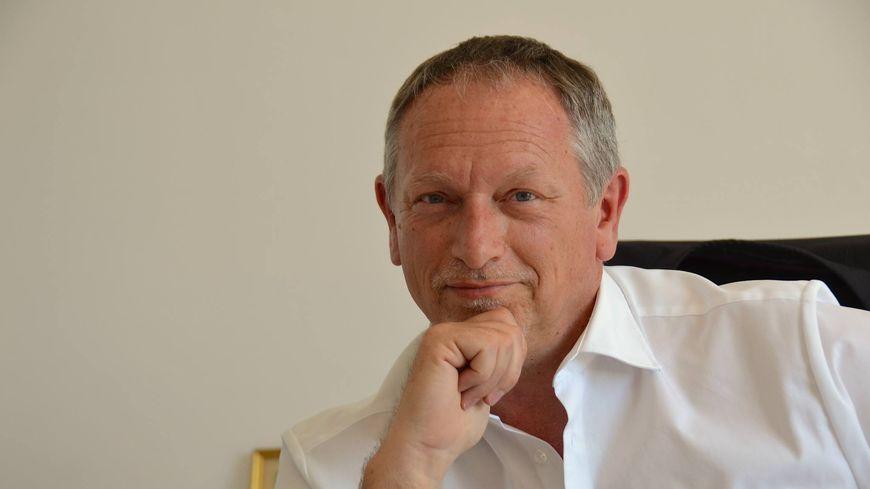 Michel Meïni démissionne de son poste de maire de La Gaude.