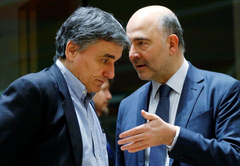 Le Ministre grec des finances, Euclid Tsakalotos, et Pierre Moscovici,  commissaire européen aux affaires économiques et financières, février 2017