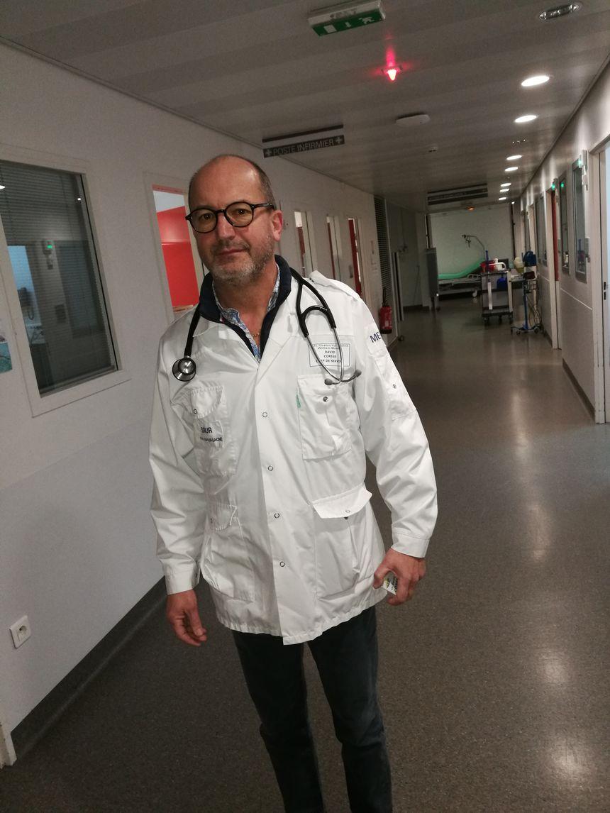 Le docteur David Corege, chef des urgences à l'hôpital William-Morey et directeur du SAMU 71