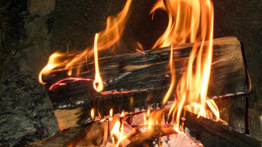 grand froid hausse importante des feux de chemin e et d 39 habitation dans le haut rhin. Black Bedroom Furniture Sets. Home Design Ideas