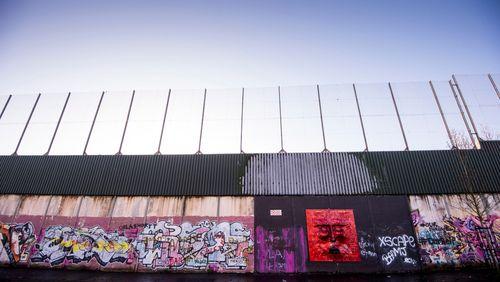 Épisode 2 : De Belfast à Nicosie : fortifier pour garantir la paix ?