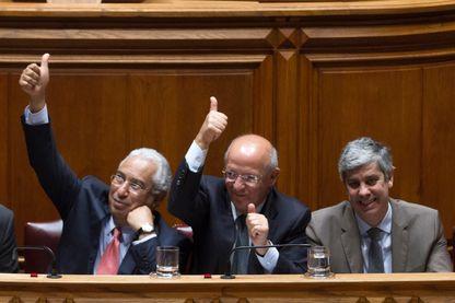 Le premier ministre  portugais Antonio Costa, le ministre des affaires étrangères Augusto Santos Silva et Mario Centeno, ministre des finances au parlement de Lisbonne - 4/11/16