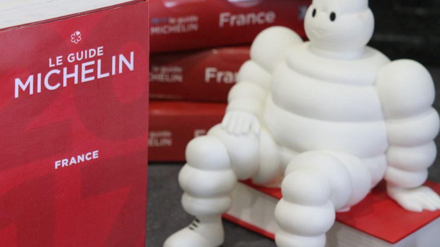 Carte De Bourgogne Michelin.Carte Guide Michelin 2017 Les Etoiles Pres De Chez Vous En