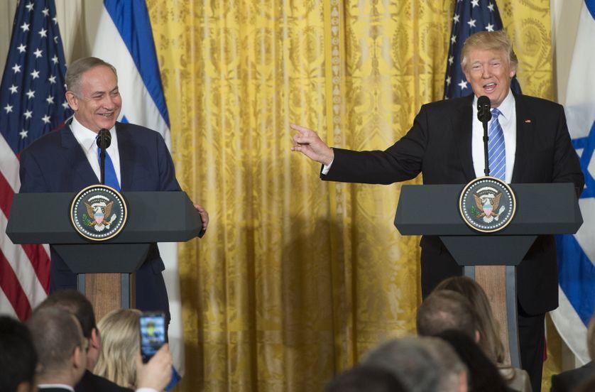 Benjamin Netanyahu, le Premier ministre israélien, aux côtés de Donald Trump, le président des Etats-Unis, hier à Washington