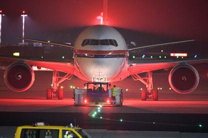 Un avion à l'aéroport de Francfort, en Allemagne, le 14 décembre 2016, où 50 Afghans auraient été expulsés selon l'ONG Pro Asyl et la couverture médiatique.