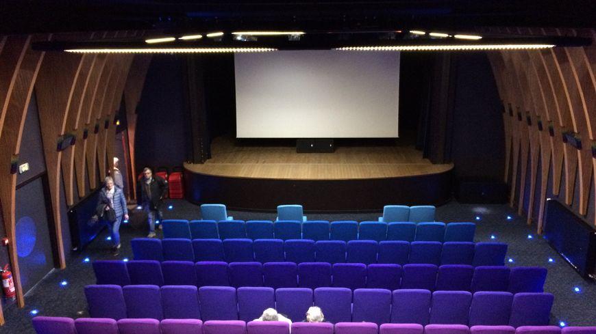 Le cinéma de Saint-Julien-du-Sault, une commune de 2000 habitants dans le nord de l'Yonne.
