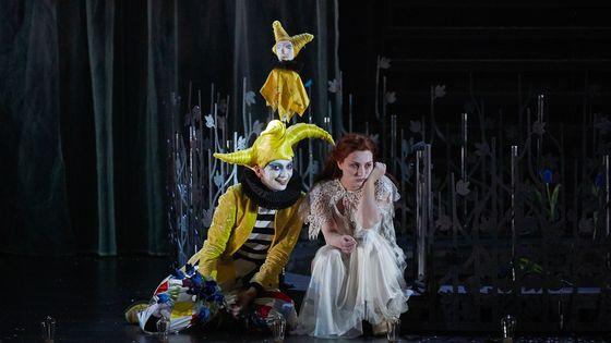 Fantasio (Marianne Crebassa) / Elsbeth (Marie-Eve Munger)