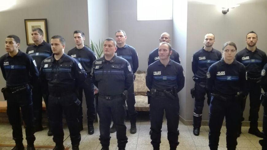 rencontre policiers gay à Romans sur Isère