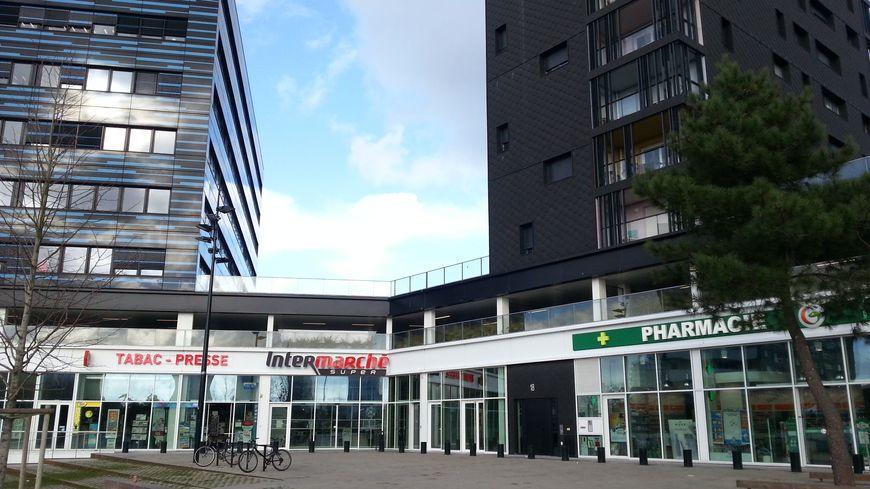 Une fois de plus les habitants du quartier malakoff nantes se sentent abandonn s - Nouveau centre commercial roncq ...