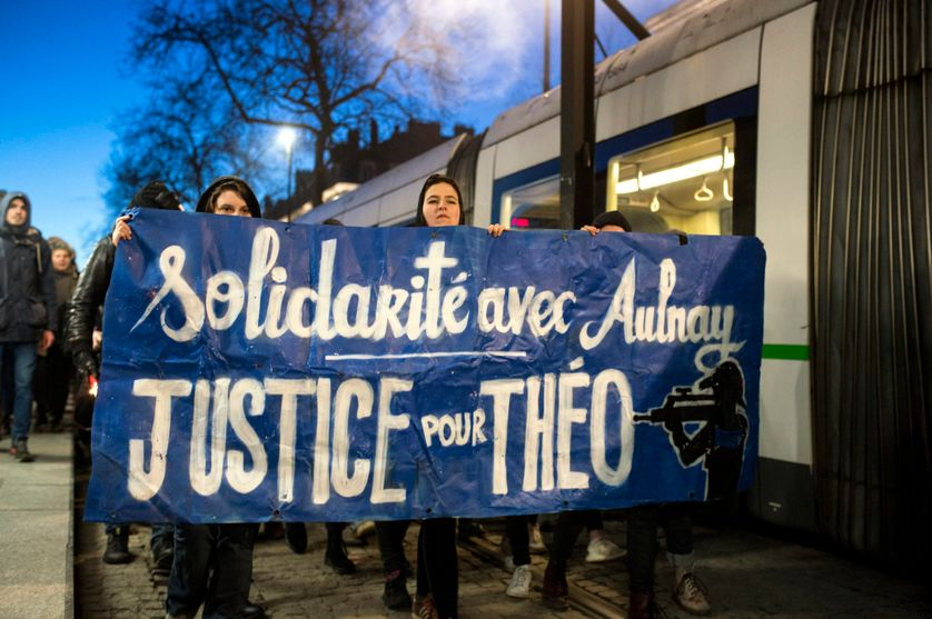 Une manifestation de soutien à la victime d'Aulnay-sous-Bois, le 8 février 2017 à Nantes
