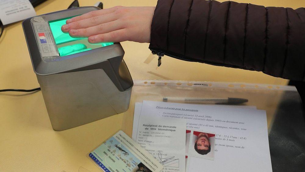 Carte Nationale Didentite Algerie Biometrique.Video Carte D Identite Biometrique Tout Savoir Sur Les